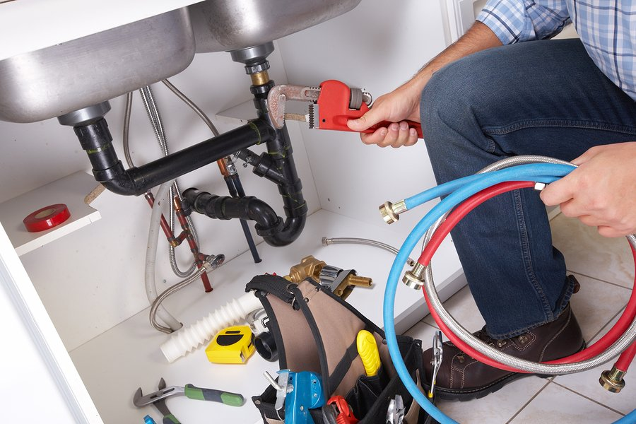Five Most Common Issues That Require Plumbers in Reading Services