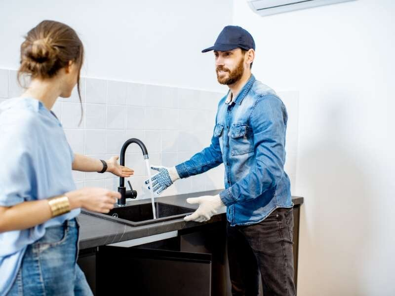 Qualities of A Commercial Plumber in Reading